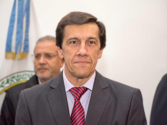 ministro-carlos-alfonso